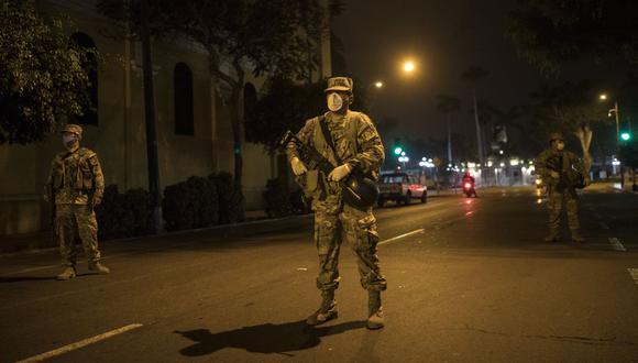 Amplian horario del toque de queda | TROME | AP Photo/Rodrigo Abd