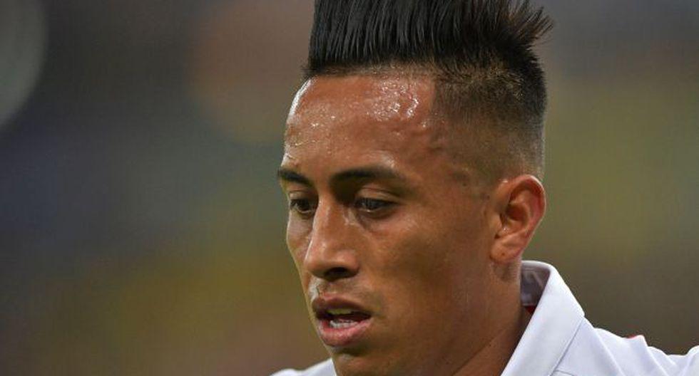 Christian Cueva espera reunirse con Santos para conocer su futuro en el fútbol