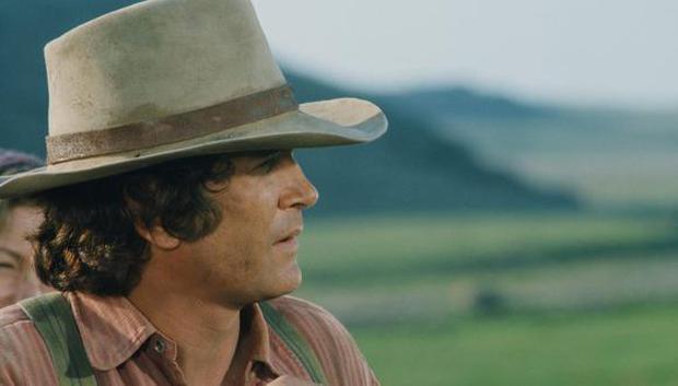 """Landon no solo fue el protagonista de """"La familia Ingalls"""", también se desempeñó como director, productor y guionista del programa entre 1956 y 1991 (Foto: NBC)"""