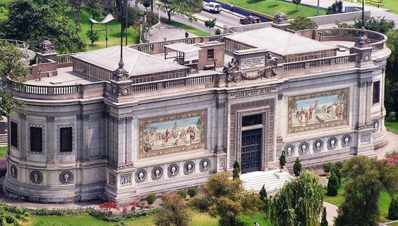 Estatuas, torres, fuentes y museos fueron los regalos que el Perú recibió durante su centenario.