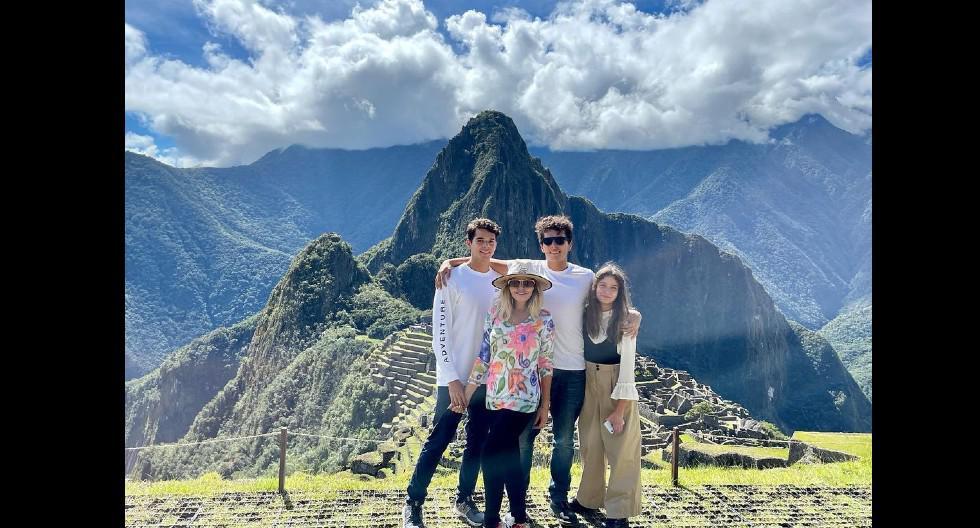 Itatí Cantoral, la actriz que caracterizó al personaje Soraya Montenegro, compartió imágenes de su visita a Cusco Y Machu Picchu (@itatic_oficial)