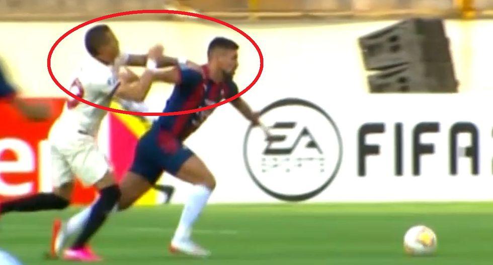 Millán recibió terrible cachetadón y árbitro solo mostró amarilla en el Universitario vs Cerro Porteño por Copa Libertadores Video