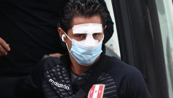 Selección peruana. Gianluca Lapadula usará un protector para su nariz durante el partido Perú vs Brasil. (Foto: Jesús Saucedo / GEC)