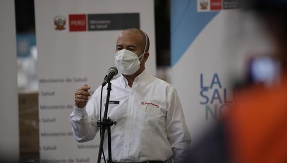 """""""Vamos a trabajar caso por caso de aquellas personas que acudieron a las clínicas y de las cuales ha habido un endeudamiento"""", dijo Víctor Zamora. (Foto: Anthony Niño de Guzman / GEC)"""