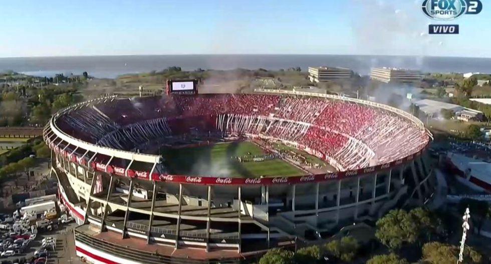 River vs Boca: Explosiva y espectacular ovación de la hinchada Millonaria al inicio del partido